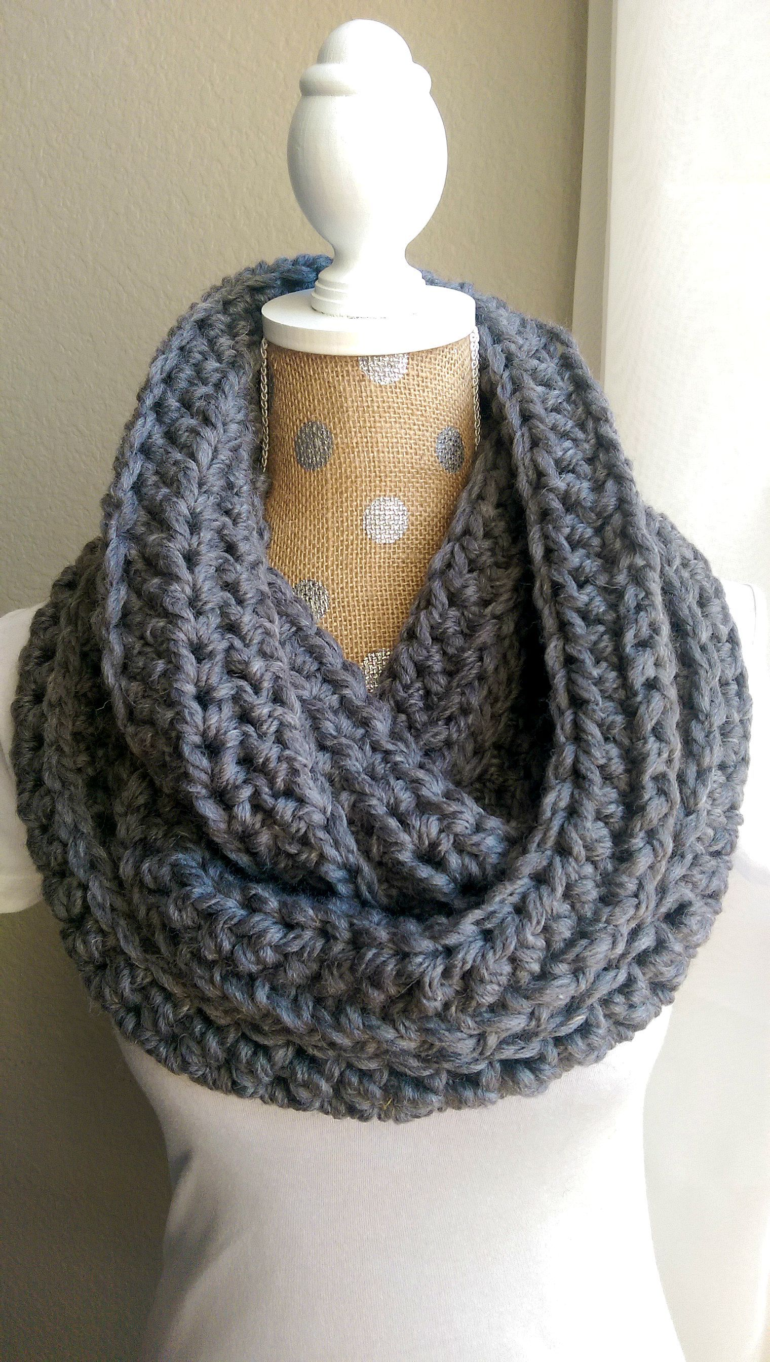 Round 3 Chain 2 Half Double Crochet Into Every Stitch Normally Under Both Legs Of Crochet Infinity Scarf Pattern Scarf Crochet Pattern Chunky Crochet Scarf