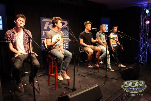 Midnight Red - 93.3 FLZ