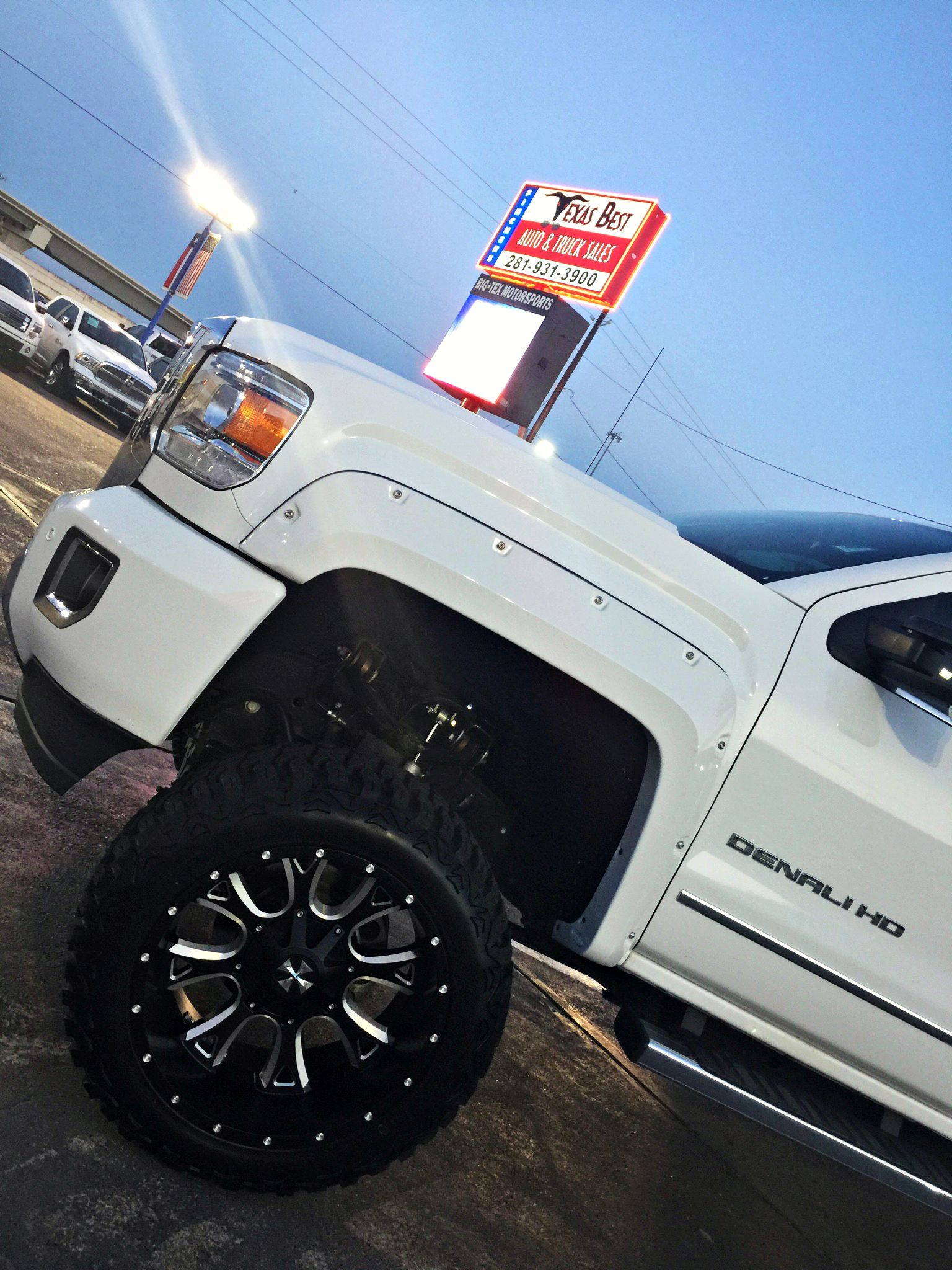 Newarrival 2015 Gmc Sierra 2500hd Denali Lifted On 22 Wheels