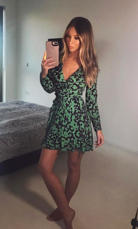 27de1296 The Only way is Essex star Lauren Pope looking gorgeous as ever in the  SilkFred 'Print Wrap Frill Mini Dress' ...celebrity, summer, outfit, holiday