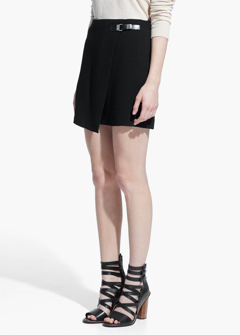 def530e1e Falda cruzada hebilla - Faldas de Mujer   MANGO Outlet España ...