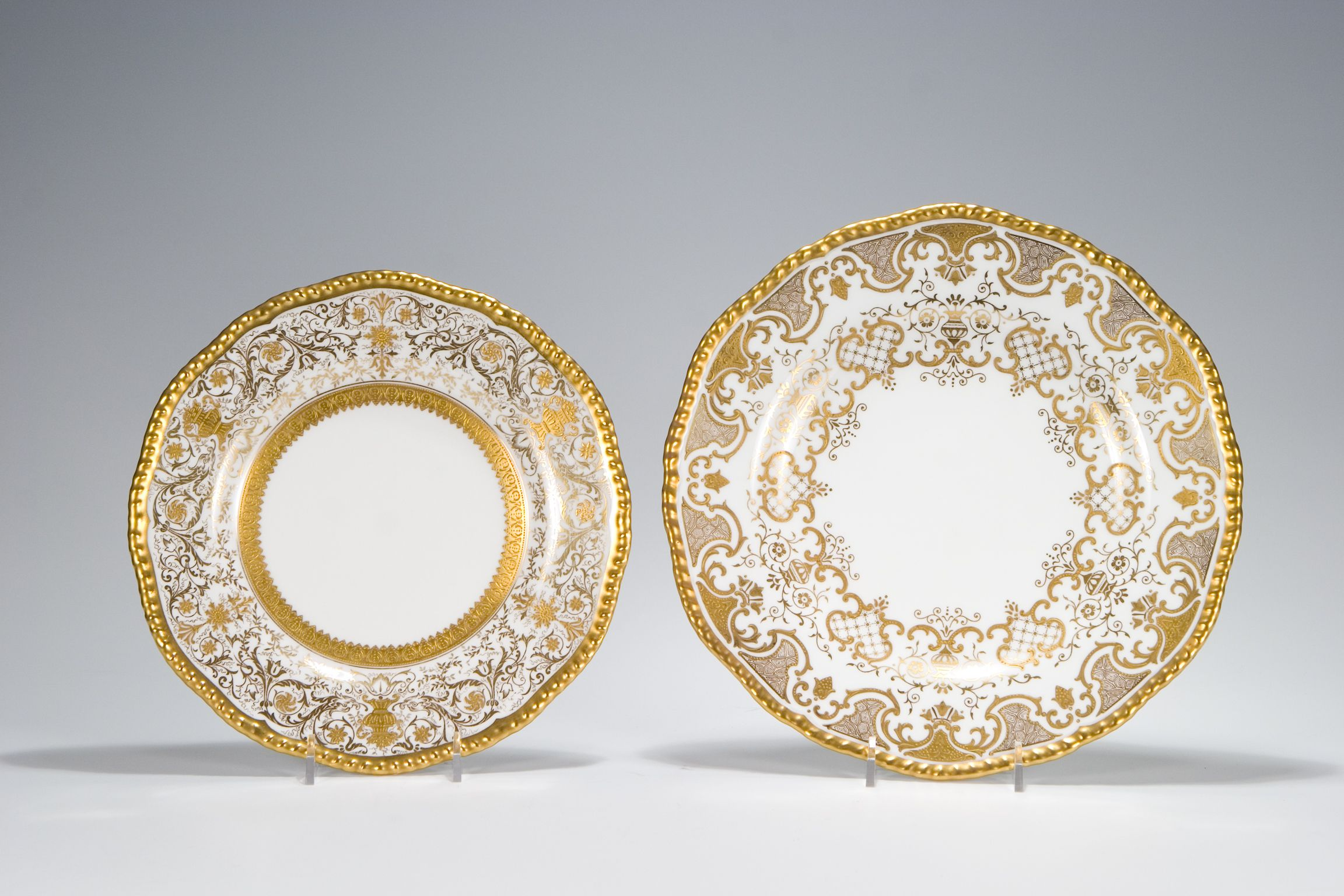 12 Coalport Ornate Raised Paste Gold \u0026 White Dessert Plates \u0026 12 Coalport Ornate Raised Paste Gold/White Dinner Plates & 12 Coalport Ornate Raised Paste Gold \u0026 White Dessert Plates \u0026 12 ...