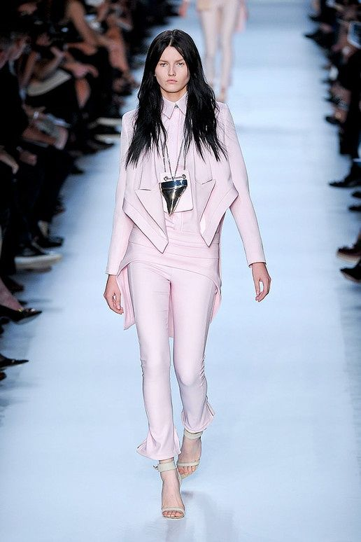Givenchy spring 2012~ the contrast between the models hair and baby pink suit is crazy!  cool style combo :D  the shoes are v. nice too, lol