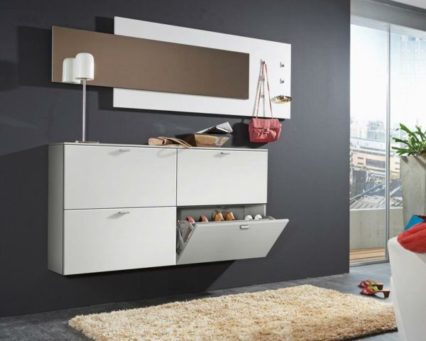 flurgarderobe richtig ausw hlen f r eine kompakte. Black Bedroom Furniture Sets. Home Design Ideas