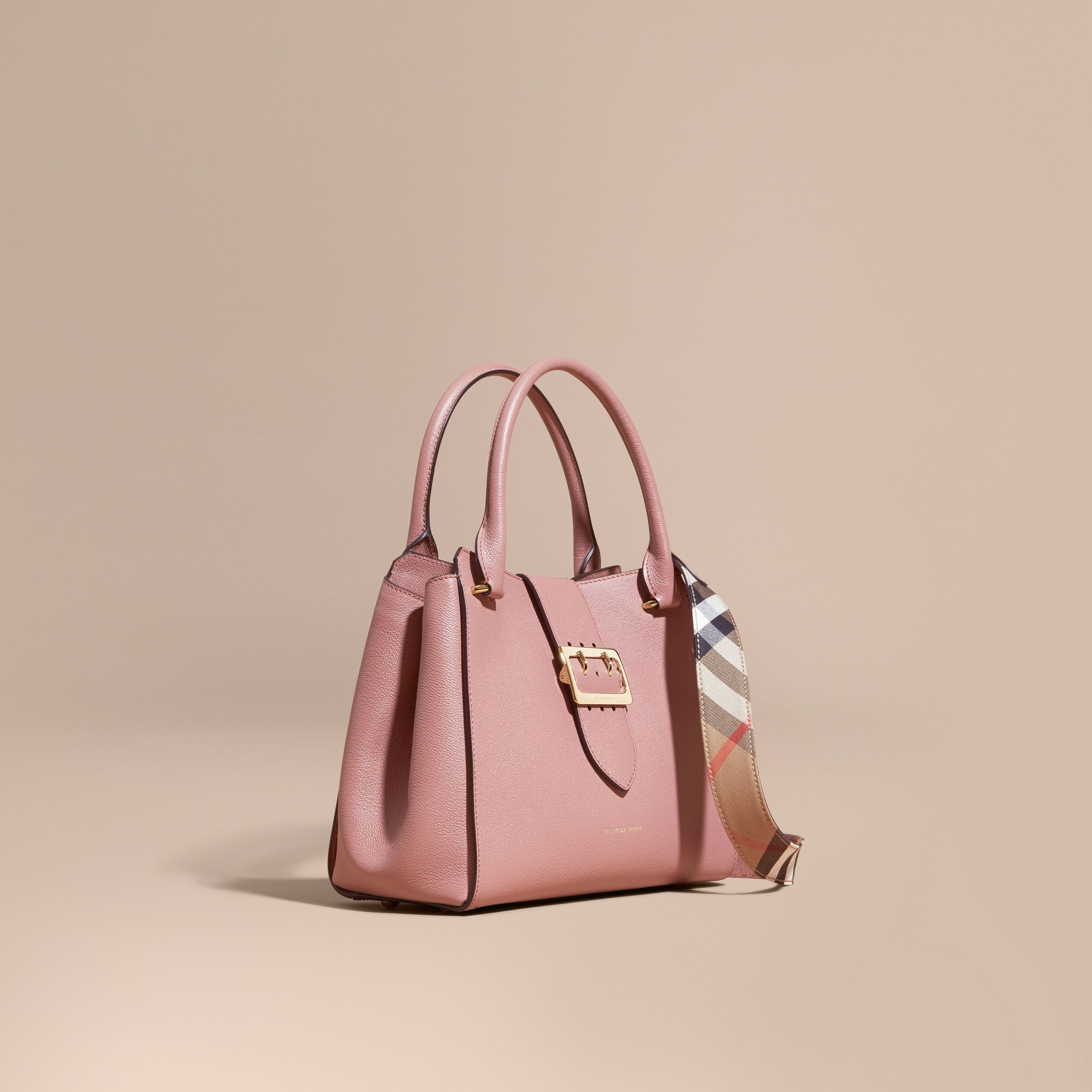 92c7b008c9 Tote Bags | Burberry in 2019 | FALL WINTER 2017 HANDBAGS | Bags ...