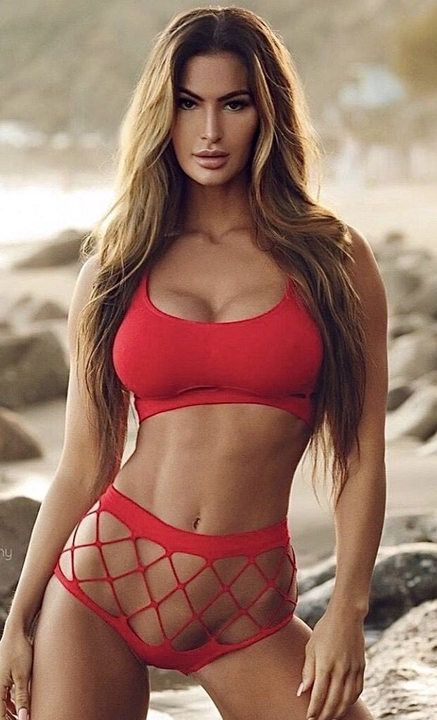 Pin by pretty women on Beautiful Women | Skimpy bikinis