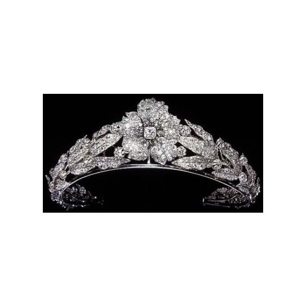 Queen Margherita of Italy (1851-1926) Tiaras Diamonds I ❤ liked on Polyvore featuring accessories, hair accessories, crowns, tiaras, jewelry, diamond tiara, tiara crown, diamond hair accessories and crown tiara