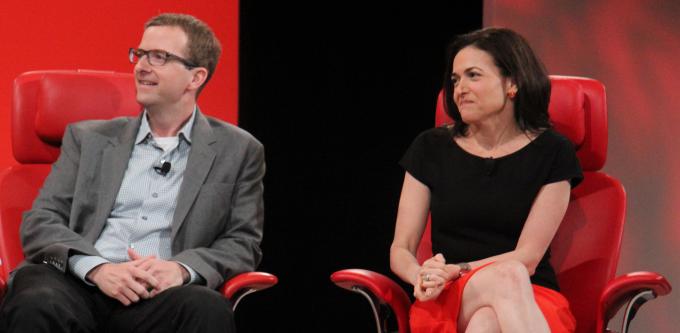 Sheryl Sandberg: Peter Thiel will remain on the Facebook board