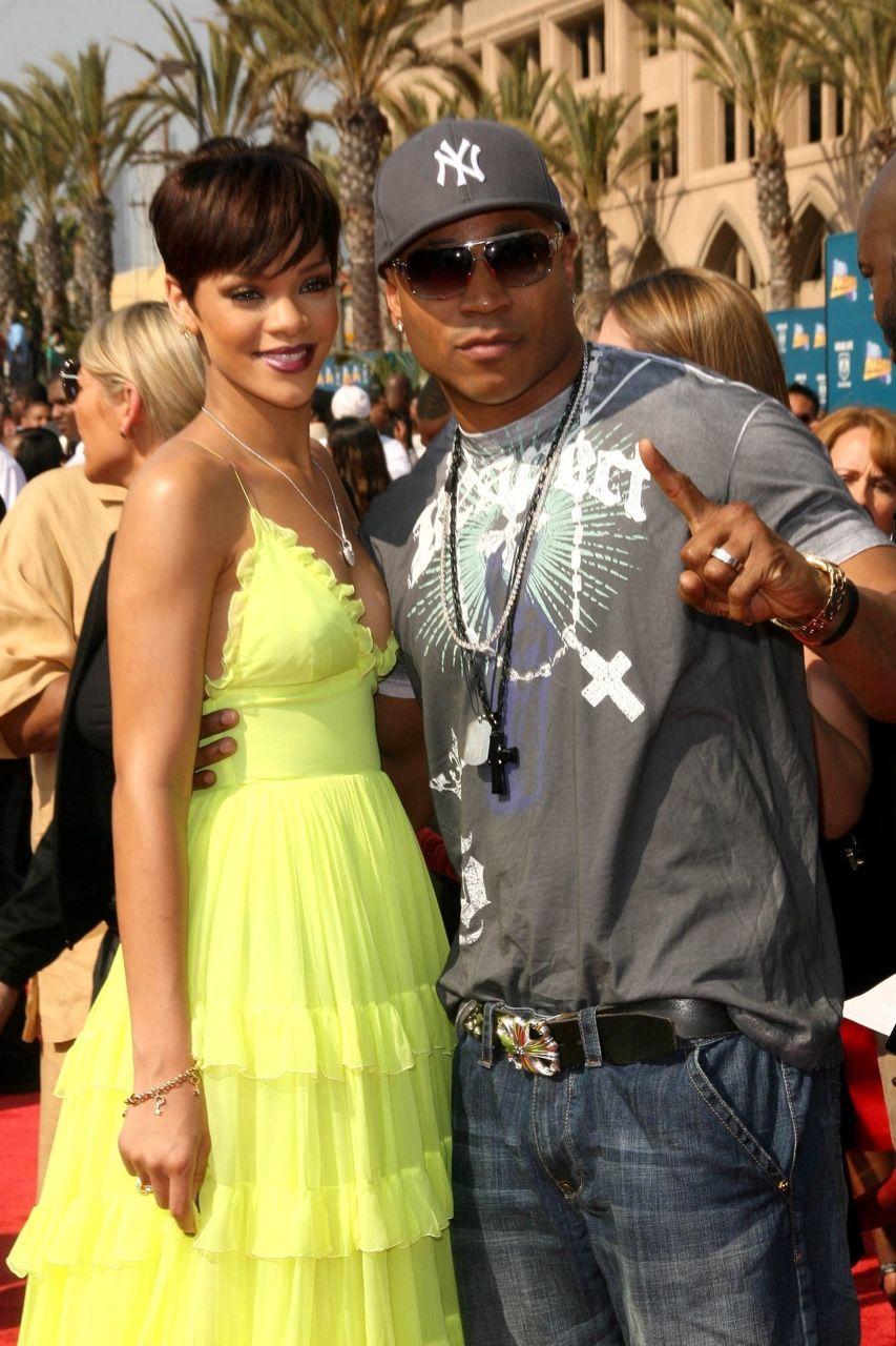 Yellow dress rihanna  Rihanna   Rihanna  Pinterest  Happy birthday Rihanna and Llcoolj