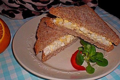 1A Eier - Mayo - Sandwich, ein schmackhaftes Rezept aus der Kategorie Snacks und kleine Gerichte. Bewertungen: 51. Durchschnitt: Ø 4,1.