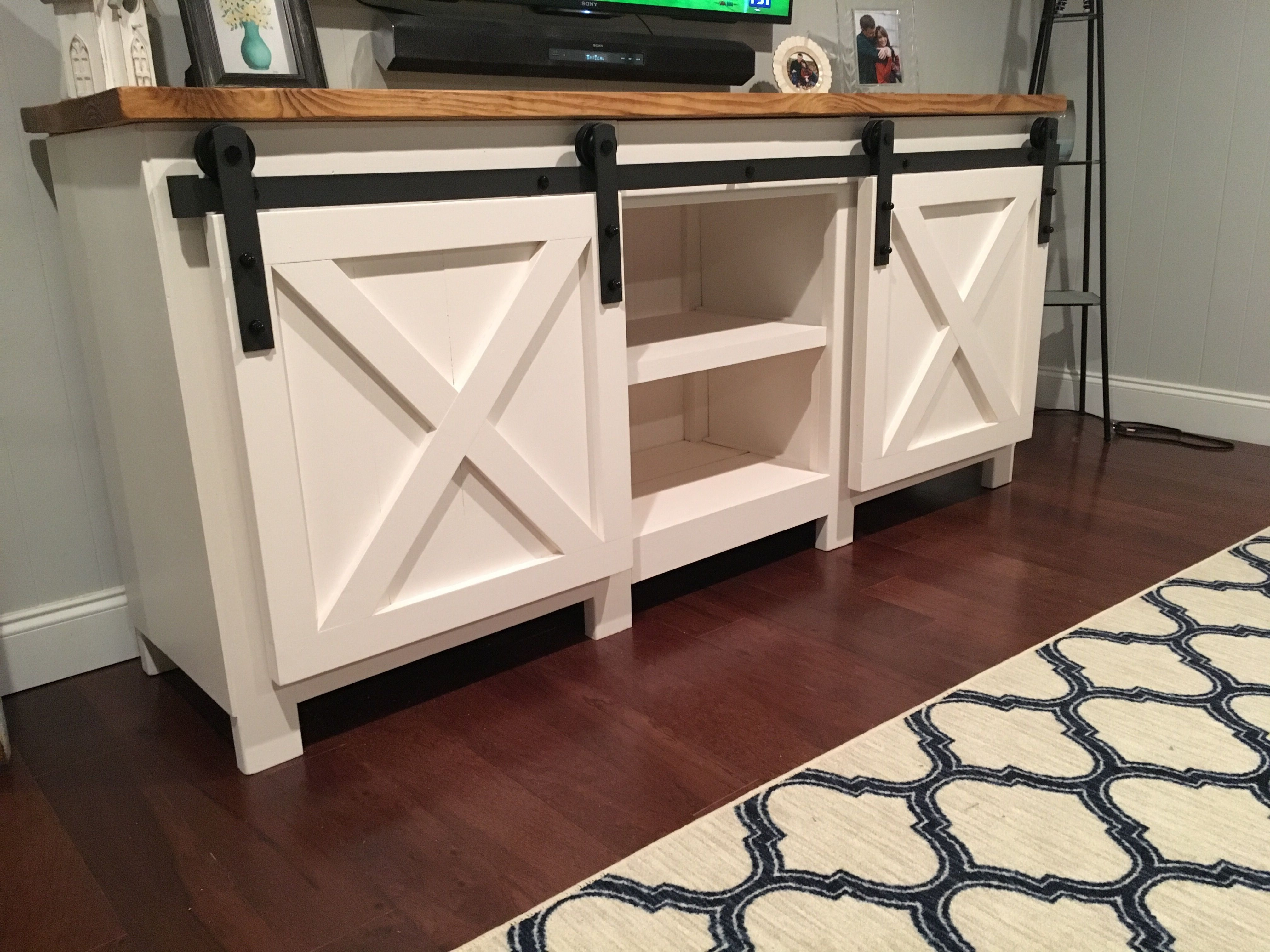 Ana White Barn Door Hardware Console Diy Projects Build A Tv