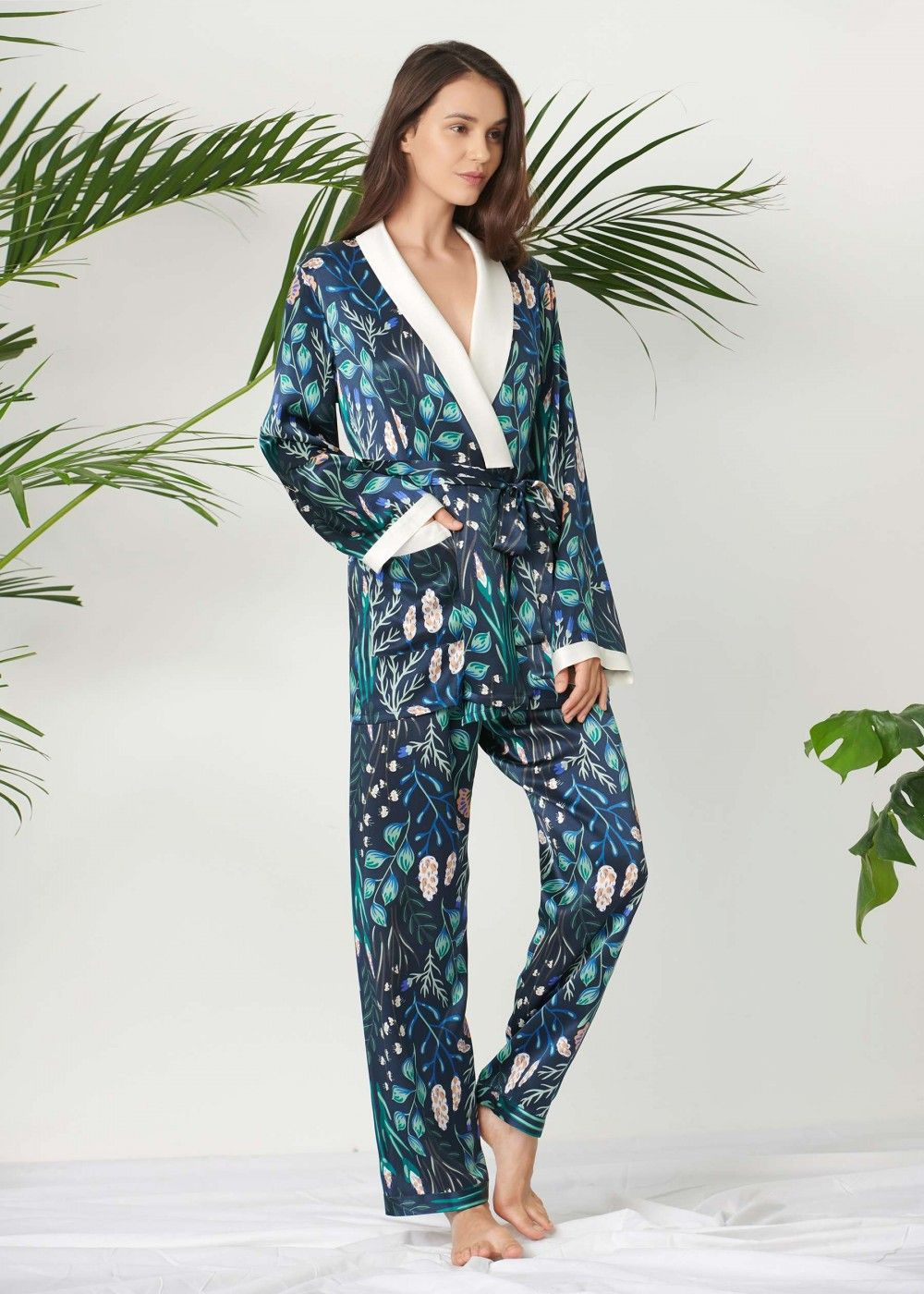 bb58f912f0be Make any night instantly happier and cozier with LILYSILK fresh-printed PJ  set.