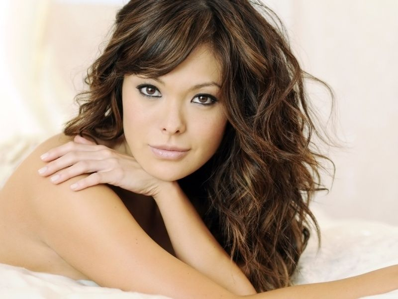 21 Stylish Haircuts For Curly Hair Godfather Style Asian Hair Highlights Curly Hair With Bangs Haircuts For Long Hair