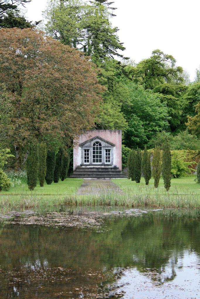 Strokestown, Mahon House & Gardens, Sligo, Yeats' grave |