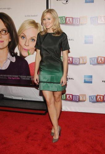 Kristen Bell Is An American Actress And Film Producer Com Imagens