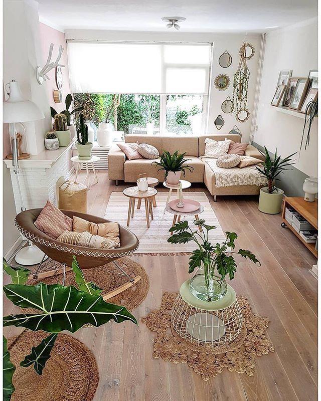 Beige Bohemian Living Room Decor Big Window Houseplants Cream Sofa Rattan Chair Wohnzimmerdekoration Wohnung Dekoration Wohnzimmer Design