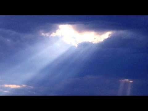 Reflexão A Existencia de Deus  Narrado