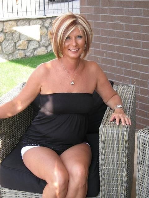 Black Tube Top And White Shorts  Beautiful Ladies -1475