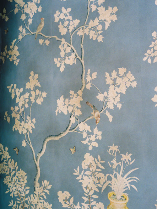 Vintage Floral Wallpaper With Birds Would Be Great For A Feature