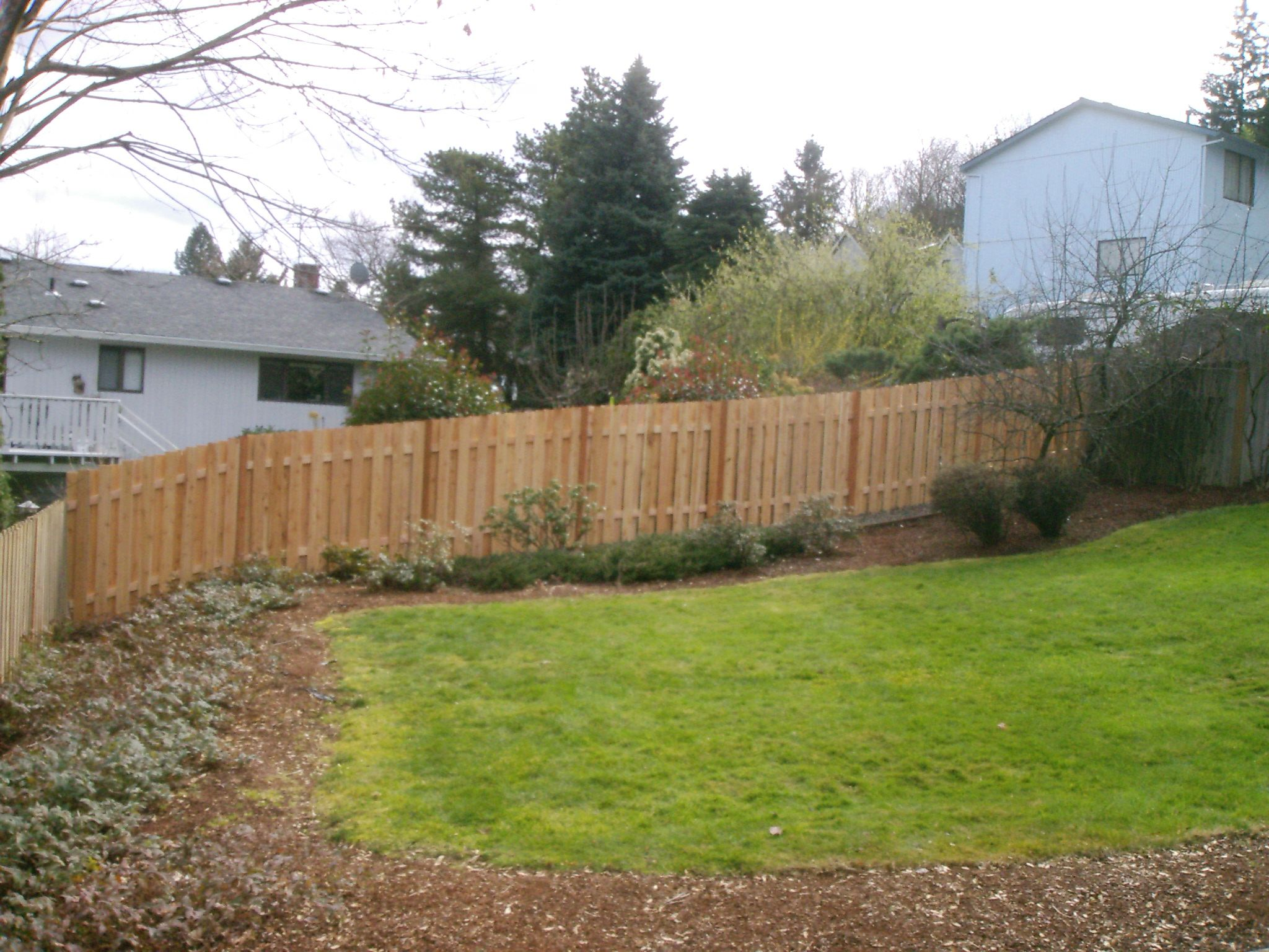 Good Neighbor Style Wood Fence Alternating Boards 503 760 7725