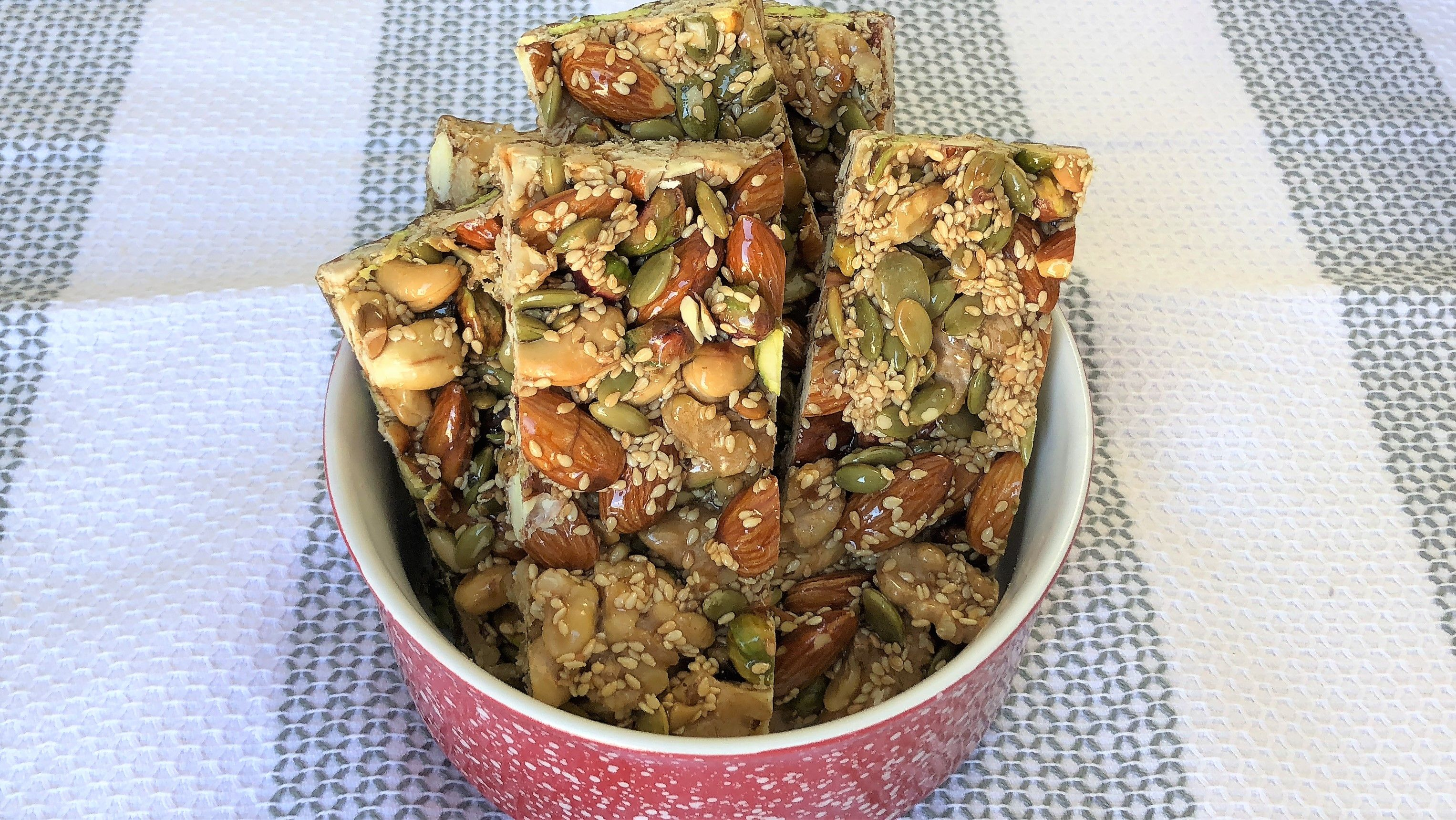 Healthy energy bars recipe protein bars by mazar cuisine httpswww healthy energy bars recipe protein bars by mazar cuisine httpsyoutube forumfinder Image collections