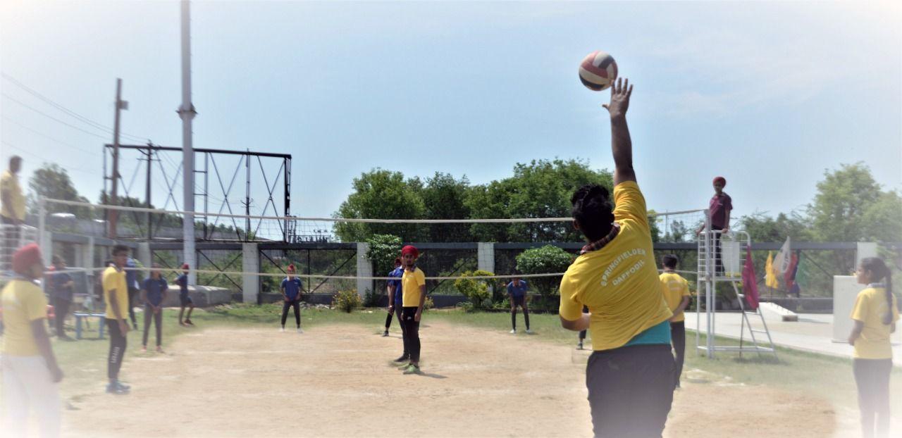 Springfield Public School Organized An Inter House Volleyball Match In Its School Premises The Boy S C Best Boarding Schools Top Boarding Schools India School