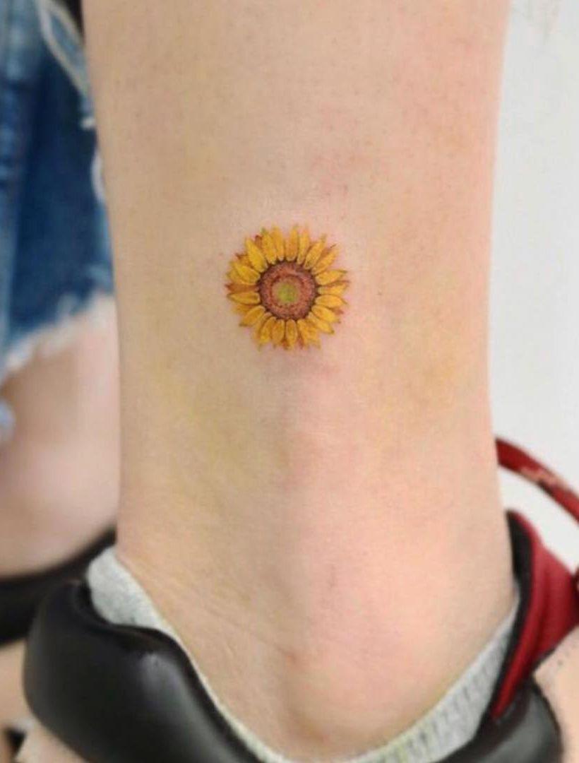Minimalist Sunflower Tattoo Sunflower Tattoos Sunflower Tattoo Tattoos