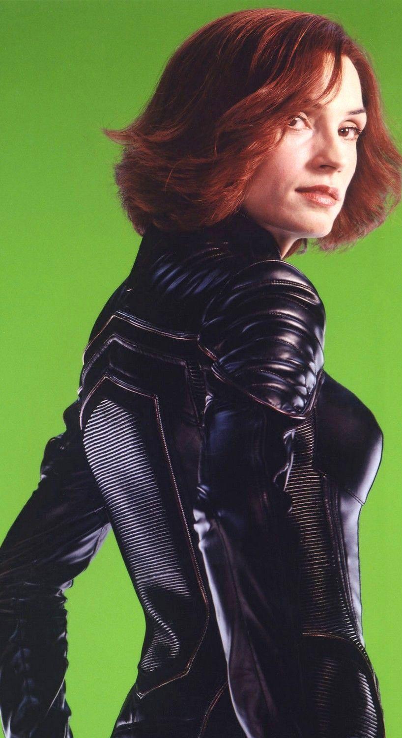 N 11 Famke Janssen As Doctor Jean Grey X Men 2 United By Bryan Singer 2003 Men Jeans Grey Jean Grey Handsome Actors