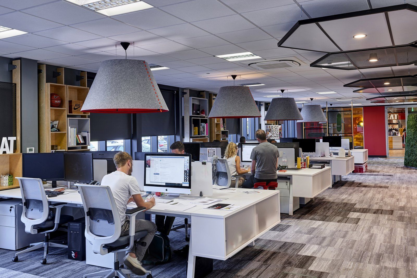 Forget Hot Desking and Open Plans – Here's a Law Firm Going Back to Private  Spaces | Commercial office design, Open office design, Office layout