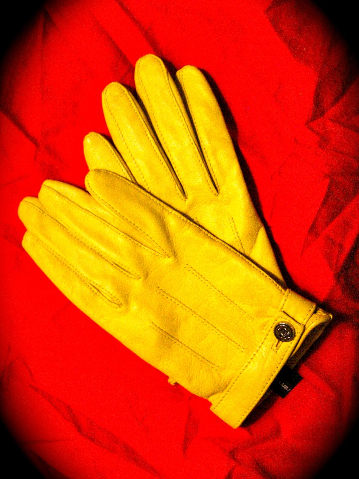 Yellow leather driving gloves - Yellow Gloves Rogue Cosplay Pinterest Gloves Driving Gloves And Yellow
