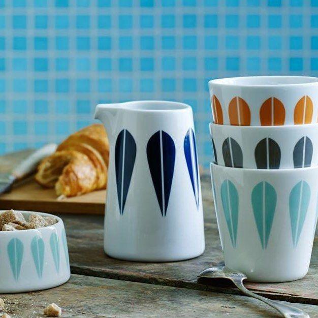 Monday nordic breakfast  Desayuno con estilo nórdico #vajillas #vajillasbonitas #nordicdesign #diseñonordico #diseñoescandinavo #decoracion #decoration #desayuno #breakfast #design #lifestyle #tiendaonline #shoppingonline #gouconcept