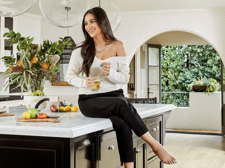 Inside Shay Mitchell S Reimagined L A Oasis Architectural