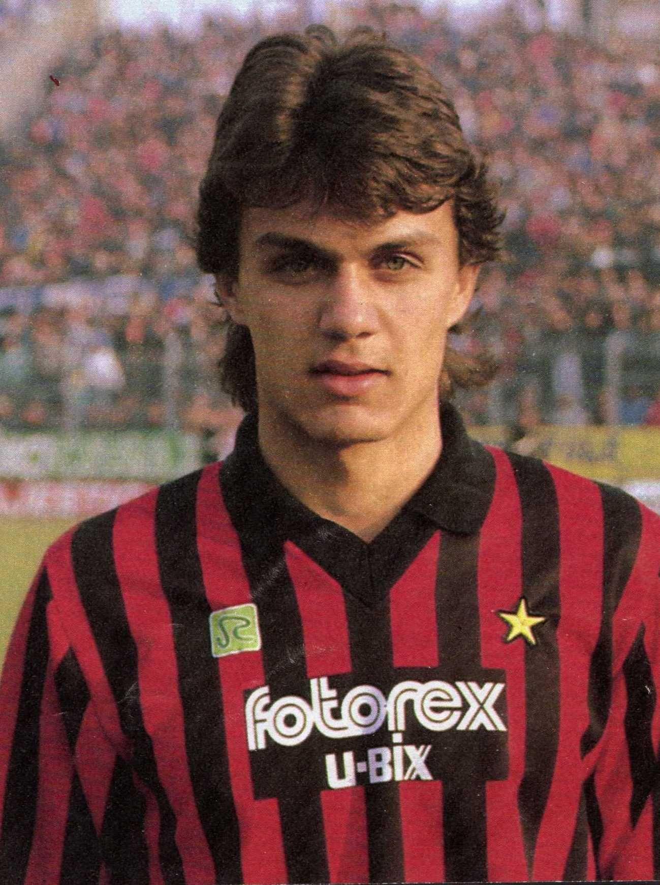 Paolo Maldini grande capitano e ban ra del Milan