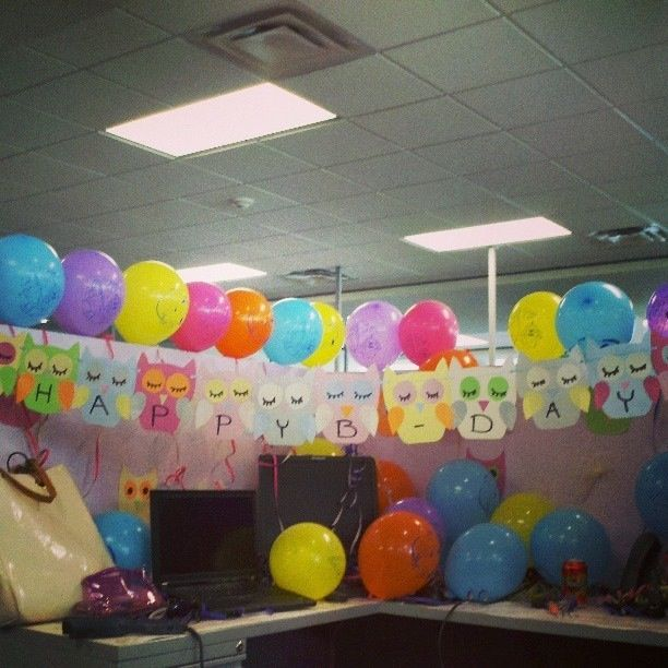 Sign With Balloons On Top Office Birthday Decorations Cubicle Birthday Decorations Office Birthday