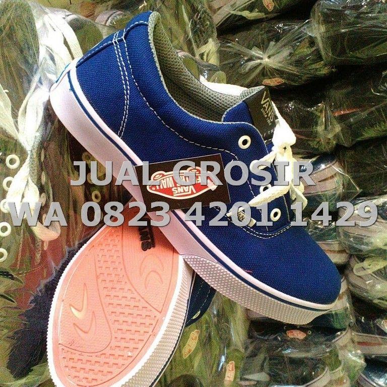 WA 0823 4201 1429 Grosir Sepatu Safety Surabaya (Dengan
