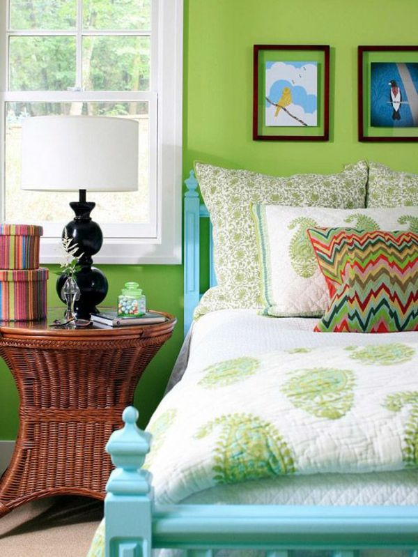 grüne-wandgestaltung-für-schlafzimmer-bilder-an-der-wand - schlafzimmer beispiele farben