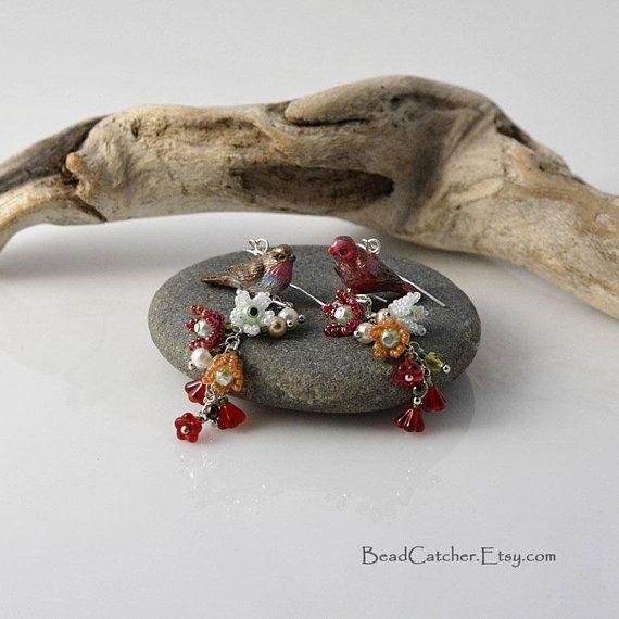 Oiseaux rouge et fleurs de printemps boucles d'oreilles