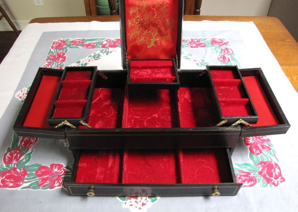 Vintage Lady Buxton Jewelry Box Large Tiered Jewelry Box Black