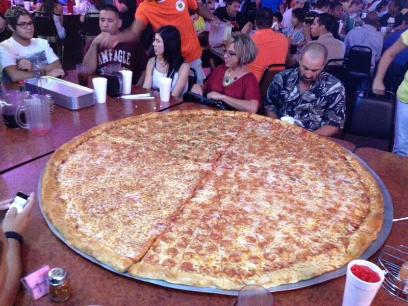 The 62 Quot Pizza At Big Lou S In San Antonio Texas The 62