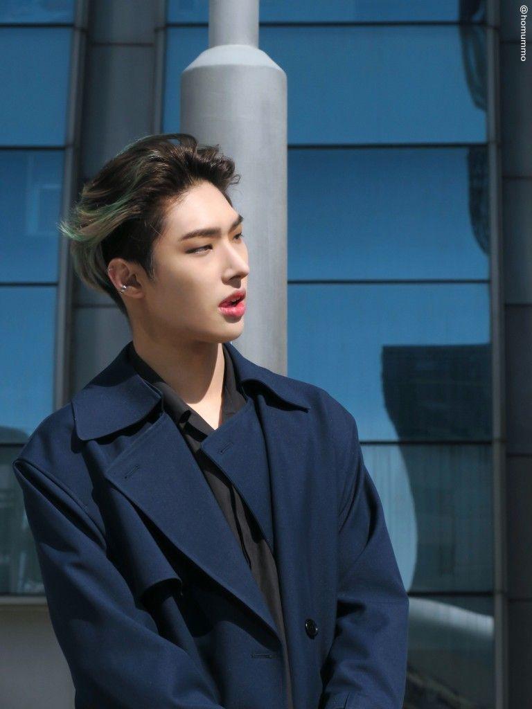 Pin By Moonblue On Ateez Pop Group Fine Men Kim Hongjoong