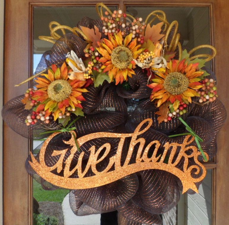 Deco mesh wreaths give thanks fall deco mesh wreath by for Cosas de casa deco