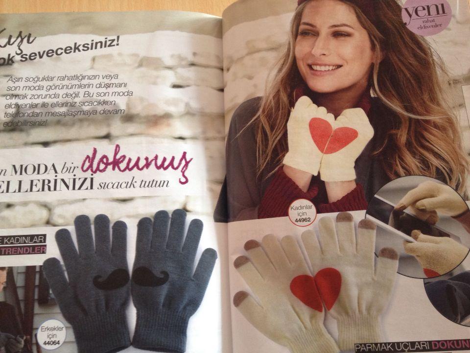 Kışın elleriniz üşütmeden doya doya konuşun mesajlaşın  Parmak uçları dokunmatik ekrana duyarlı eldivenler