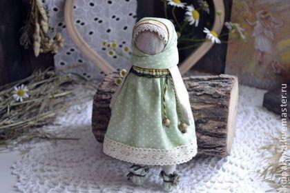 """Народные куклы ручной работы. Ярмарка Мастеров - ручная работа Куколка для сна """"Полевые травы и ромашка"""".. Handmade."""
