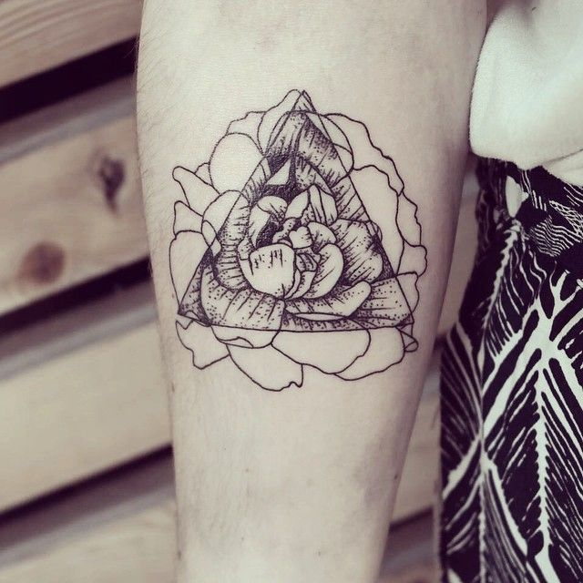 Afficher Limage Dorigine Tattoos Pinterest Tattoo Forearm - Beautifully simple animal tattoos by cheyenne