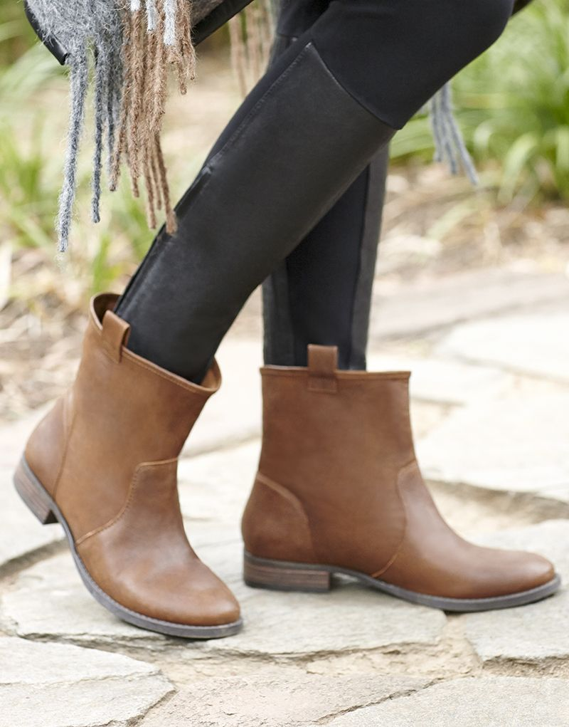 5fef306a89d Cognac leather flat ankle booties