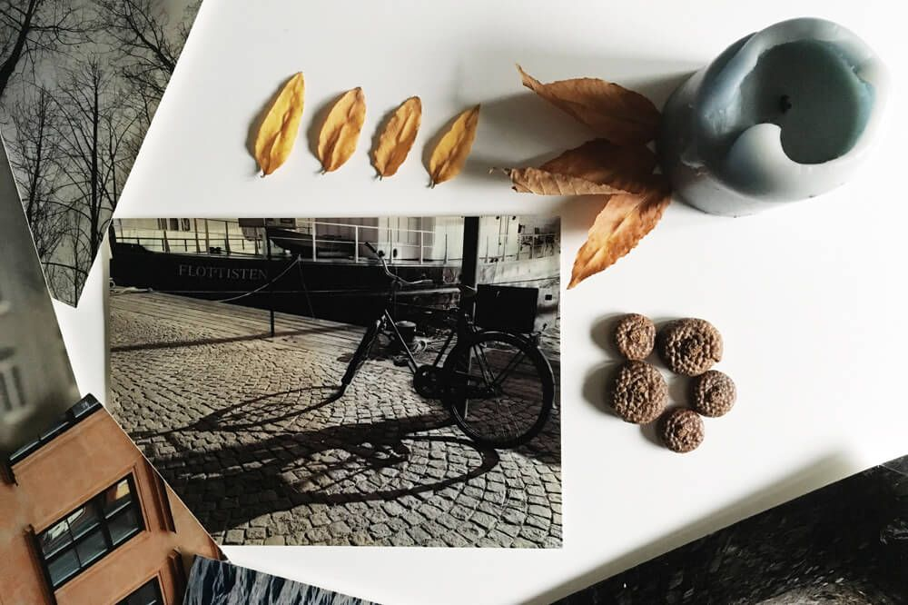 How to give your already printed pics a vintage feel. It's so easy! [article in RO]