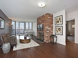 Five+Star+Condo+Views+and+Balcony!+++Holiday Rental In Manhattan From