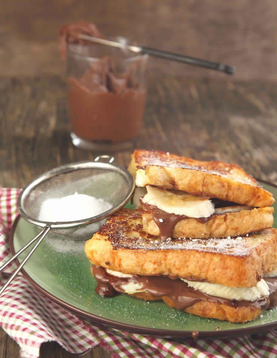 Pain Perdu Au Nutella sandwich de pain perdu au nutella et banane1   nutella <3