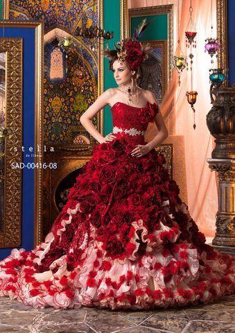 .vestito rosso con rose