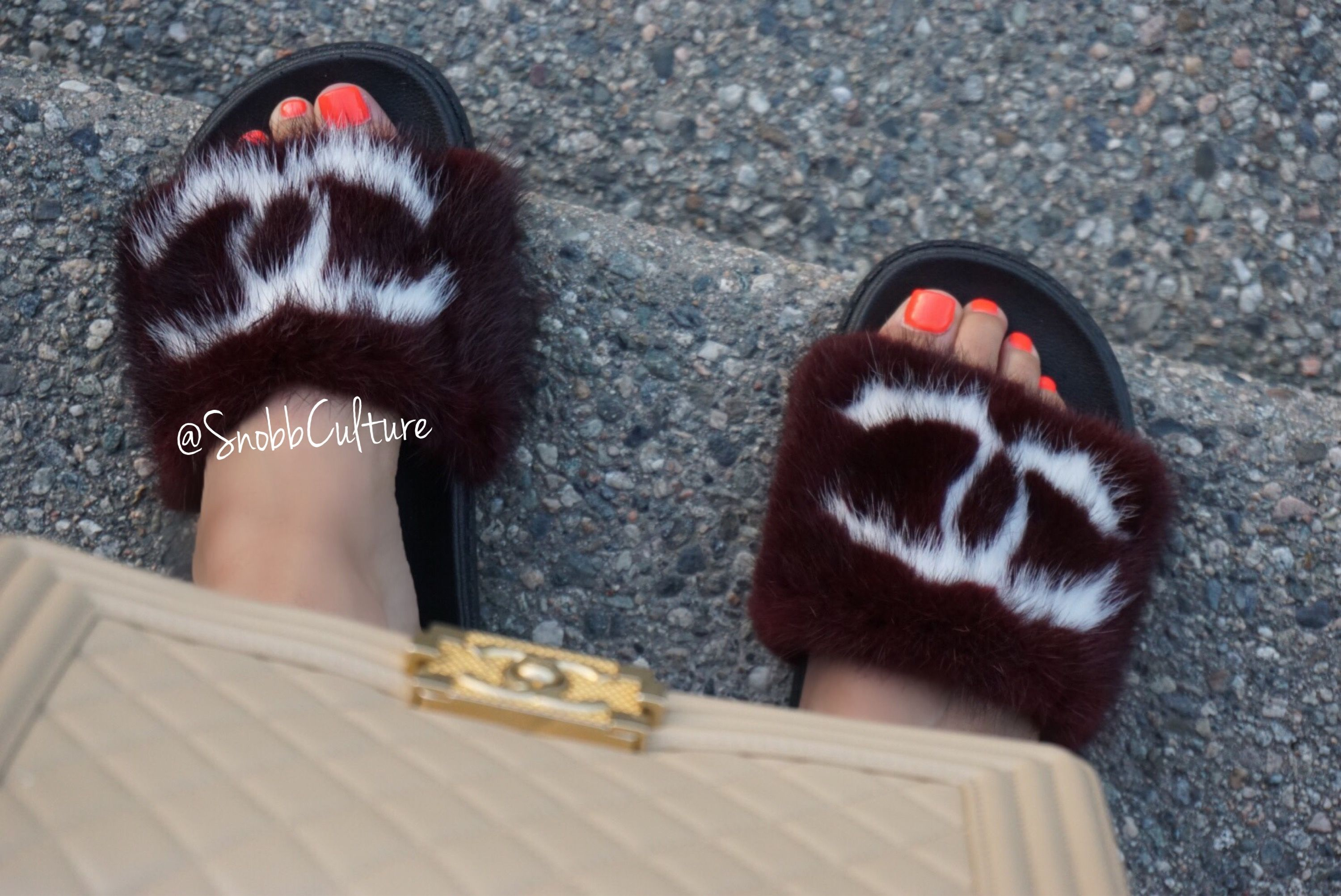 f6074a727fbc ✨Chanel Inspired Mink Slides✨ Available in sizes 6-11 💥 High Quality    Handmade 🌟 3 Different Colors 🌈 Made for indoor outdoor use 🌸 Shop Now  at www.